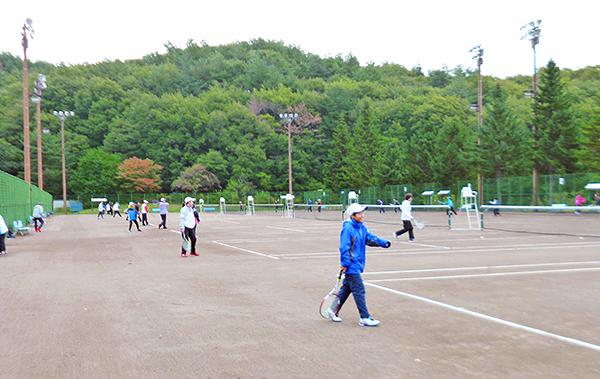 綱取りスポーツセンターテニスコート